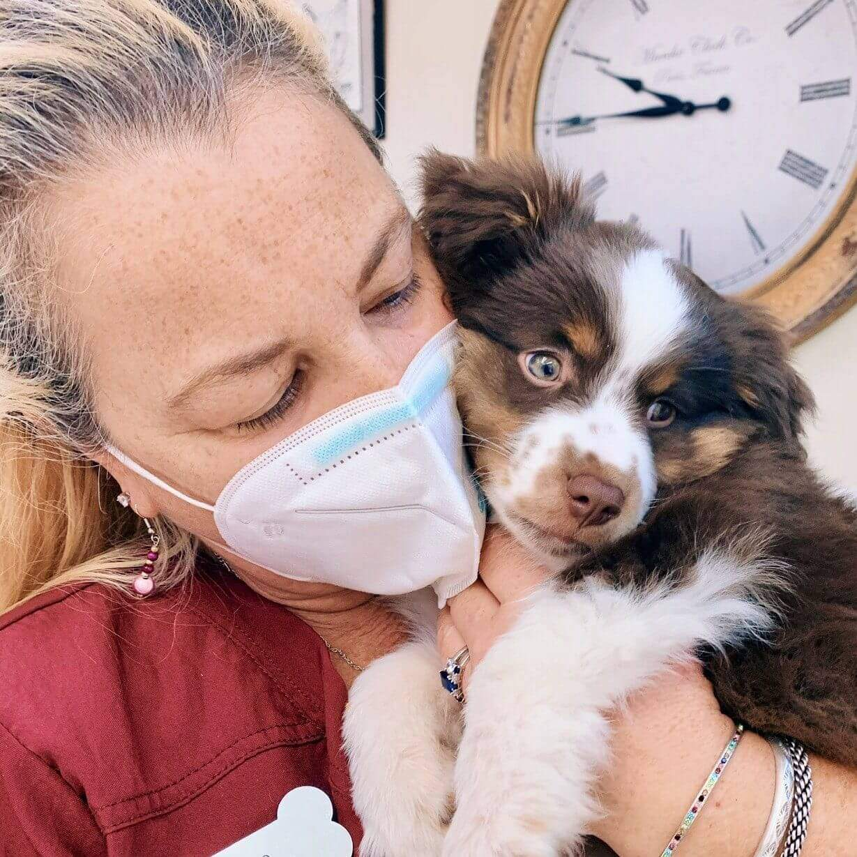 Vet Tech with Puppy